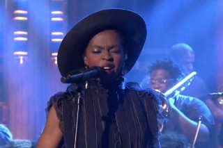 Watch Ms. Lauryn Hill Cover Nina Simone On <em>The Tonight Show</em>