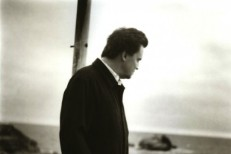 Mark Kozelek Announces Spoken Word Album, Collaboration With Slowdive's Rachel Goswell