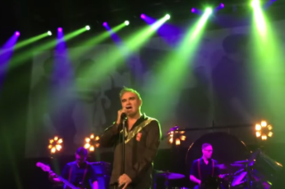 "Watch Morrissey Cover The Late Lynn Anderson's ""(I Never Promised You A) Rose Garden"" In Nashville"