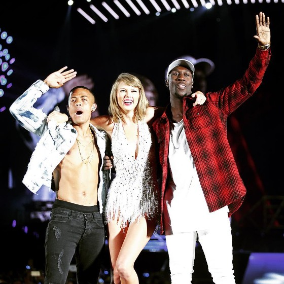 "Watch Taylor Swift Cover ""Am I Wrong"" With Nico & Vinz In Vancouver"