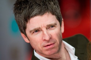 Noel Gallagher Isn't Impressed By Apple Music Either