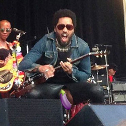 Lenny Kravitz Rocks Out With His Cock Out (Literally)