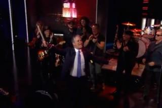Watch Bruce Springsteen Close Out Jon Stewart&#8217;s Last <em>Daily Show</em>