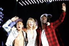 """Watch Taylor Swift Cover """"Am I Wrong"""" With Nico & Vinz In Vancouver"""