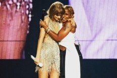 Taylor Swift Welcomes To The Stage Mary J. Blige, Chris Rock, Crazy Eyes, Joey From <em>Friends</em> In LA