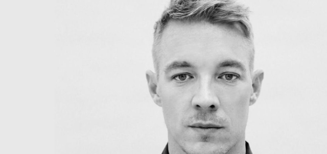 """Diplo - """"Be Right There"""" (Feat. Sleepy Tom) + """"Set Me Free"""" (Feat. LIZ) Video"""