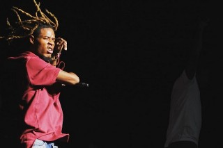 Fetty Wap Stage Dive Injures 2 Women At Billboard Hot 100 Fest