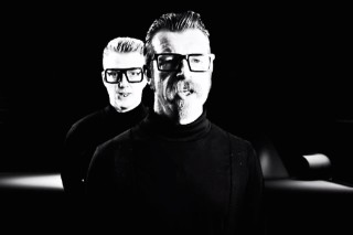 "Eagles Of Death Metal – ""Got A Woman"" + ""Complexity"" Video"