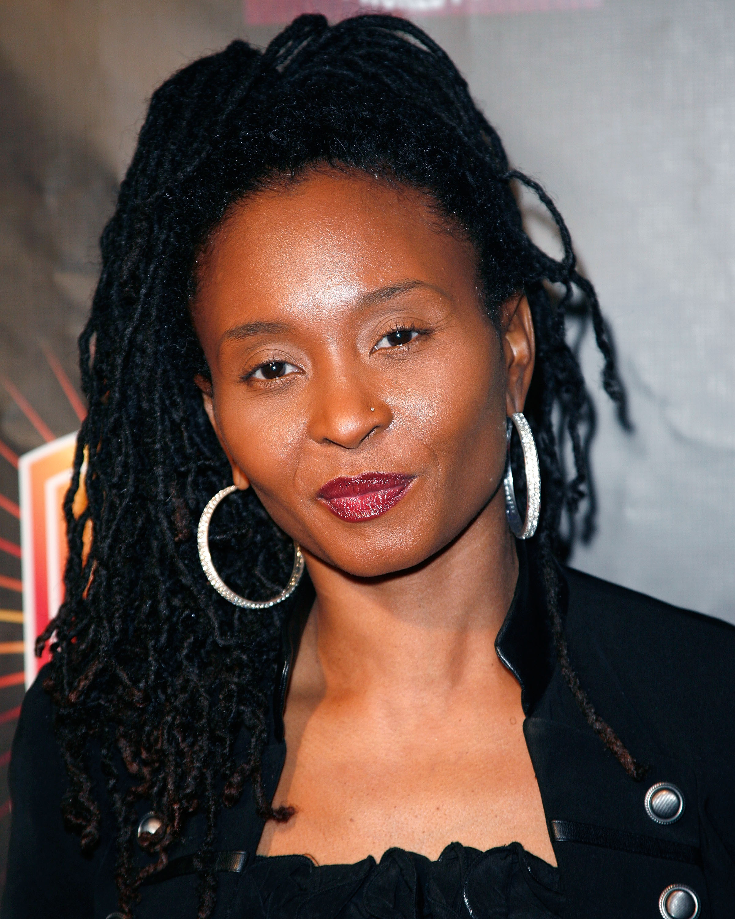 Dee Barnes Reflects On Straight Outta Compton Dr Dre