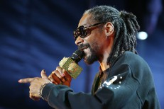 European Police Continue To Give Snoop Dogg A Hard Time On Tour