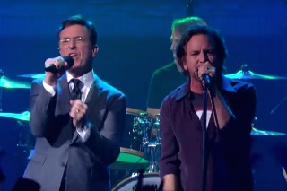 "Watch Pearl Jam & Stephen Colbert Cover Neil Young's ""Rockin' In The Free World"""