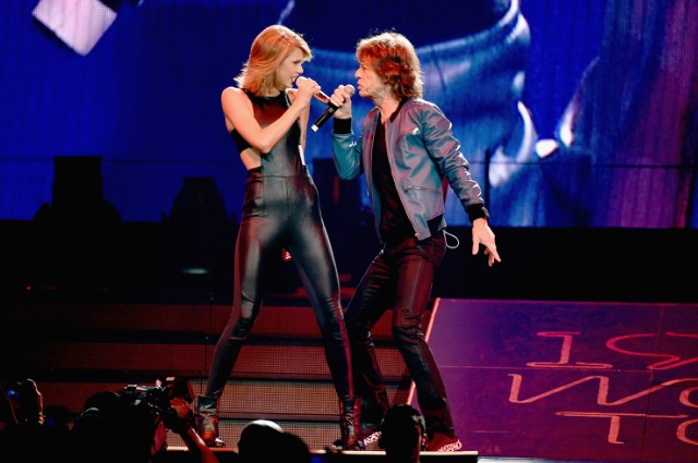 "Watch Mick Jagger Join Taylor Swift For ""Satisfaction"" In Nashville"