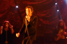 """Watch Brandon Flowers Play New Song """"Come Out With Me"""" In Oakland"""