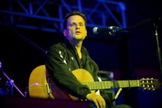 "Hear Mark Kozelek's New Diss Track ""The Ottawa Blues Fest Is Run By Inbreds"""
