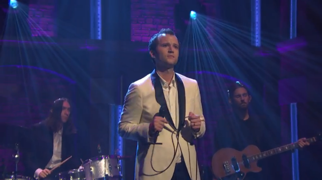 """Watch Baio Perform """"Sister Of Pearl"""" On Seth Meyers"""