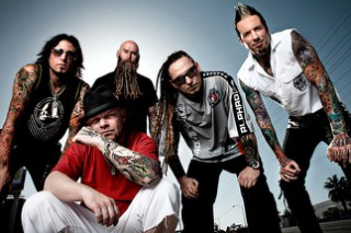 """Five Finger Death Punch Lead """"Fuck Kanye"""" Chant For Some Reason"""
