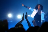 Janet Jackson Cracks Down On Fans Who Instagram Concert Photos