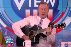 Watch Presidential Candidate Martin O&#8217;Malley Cover Taylor Swift&#8217;s &#8220;Bad Blood&#8221; On <em>The View</em>
