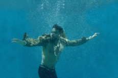 "Miguel – ""Waves"" Video"