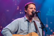 Watch Sturgill Simpson Play His &#8220;Listening To The Rain&#8221; And Cover T. Rex On <em>Austin City Limits</em> (Stereogum Premiere)
