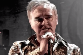 Watch Morrissey Perform On <em>Alan Carr: Chatty Man</em>