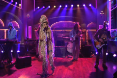Watch Miley Cyrus &#038; The Flaming Lips Bring <em>Dead Petz</em> To <em>SNL</em>