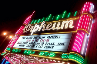 Watch Fiona Apple, Beck, Cat Power, & More Cover The Music Of Laurel Canyon In LA