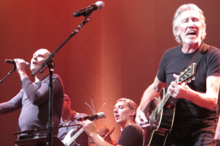 Watch Roger Waters Play Pink Floyd With Billy Corgan & Tom Morello