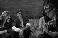 "Watch Justin Bieber, Skrillex, & BLOOD Do ""Sorry"" Acoustic"