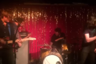 Watch Pavement Members Join Pavement Cover Band In Nashville