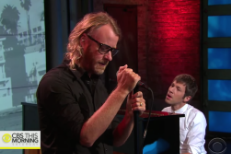 Watch EL VY Play Three Songs On <em>CBS This Morning</em>