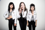 "The Coathangers – ""Watch Your Back"""