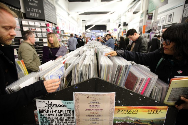 Vinyl Sales Rise By Another 52 Percent