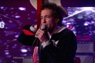 Watch Albert Hammond Jr. Sing &#8220;Razor&#8217;s Edge,&#8221; Wave His Guitar Around On <em>Kimmel</em>