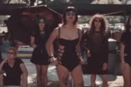 """Chvrches – """"Empty Threat"""" Video"""