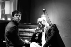 El Vy - No Time To Crank The Sun video