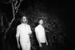 "Watch El Vy Cover ""She Drives Me Crazy"" At First Live Show"