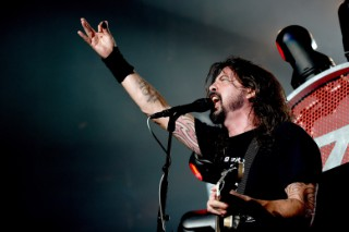 Dave Grohl To Battle Animal In A Drum-Off On <em>The Muppets</em>