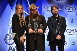 Chris Stapleton&#8217;s <em>Traveller</em> Shoots To #1 After CMAs Domination