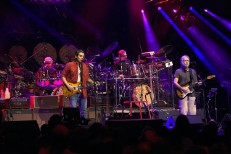 Livestream Dead & Company's AMEX Unstaged Directed By