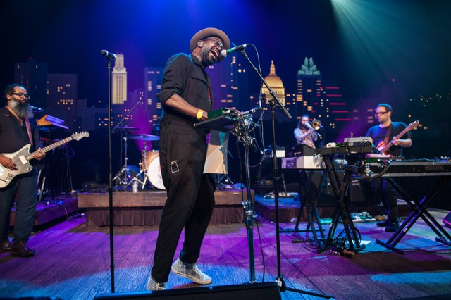 "Watch TV On The Radio Perform ""Winter"" On Austin City Limits (Stereogum Premiere)"