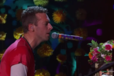 """Watch Coldplay Debut """"Up&Up"""" & """"A Head Full Of Dreams"""" In LA"""