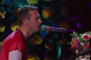 "Watch Coldplay Debut ""Up&Up"" & ""A Head Full Of Dreams"" In LA"