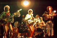 "The Darkness - ""I Am Santa"" Video"