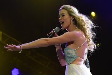 <em>Jimmy Kimmel</em>&#8217;s Next Mashup Monday Is &#8220;Joss Stone Temple Pilots&#8221;