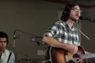 "Watch Real Estate's Martin Courtney Cover Pavement's ""Major Leagues"""