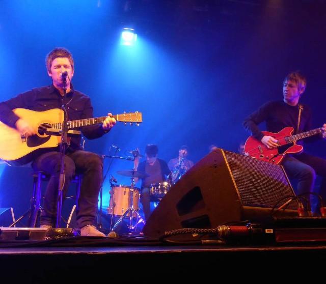 Watch Noel Gallagher Reunite With Oasis Guitarist Gem Archer In London