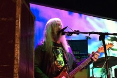 Dinosaur Jr. Close Out Anniversary Week With Evan Dando, Kevin Shields, Negative Approach, Lee Ranaldo, Kim Gordon, Stephen McBean, Kurt Vile, Roddy Bottum