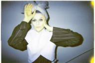 "El Perro Del Mar – ""Breaking The Girl"" (Red Hot Chili Peppers Cover)"