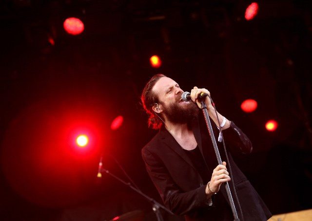 Father John Misty Answers Fans' Questions And Comments